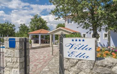 Villa Ella