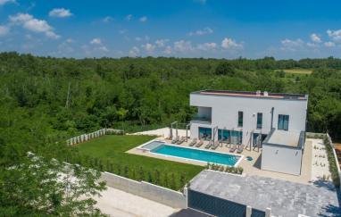Villa Luce Verde