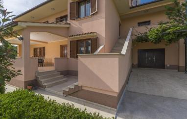 Villa Dido Nini